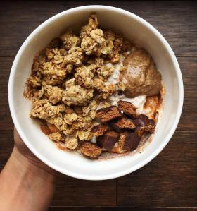 granola-almond-butter-yogurt-bowl